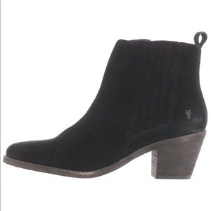 FRYE Black Suede Alton Chelsea Gored Ankle Boots